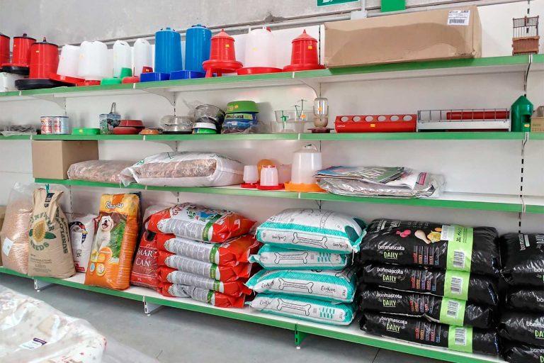 Accesorios para animales 04 - Semilleria Echaguy, Dos Hermanas