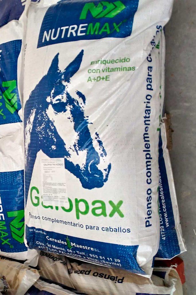 Pienso para caballos Nutremax - Semilleria Echaguy, Dos Hermanas